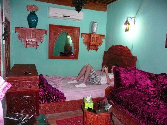 Riad Hiba Meknes:                   1 des nombreux lits