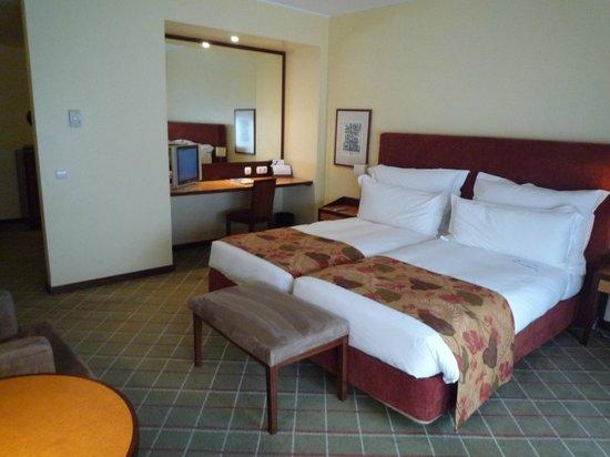 Pestana Porto Hotel:                   部屋 リバービュールーム