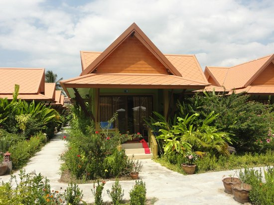 Gerd and Noi Resort:                   Bungalow