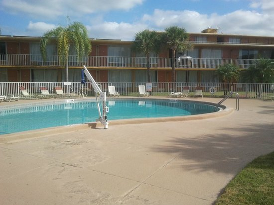 Days Inn Orlando/international Drive : Piscina