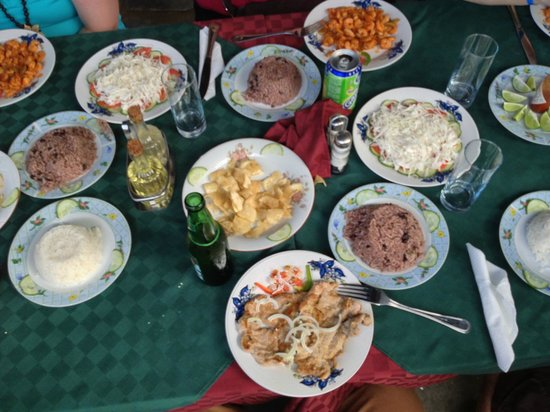 Authentic cuban cusine picture of restaurant el uvero for Authentic cuban cuisine
