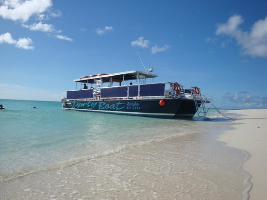 Looking For A Party Boat Try Our 45 Ft Corinthian
