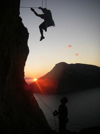 Vertical Aventure : Initiation escalade au bord du lac d'Annecy