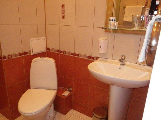 Asteria Hotel: salle de bain