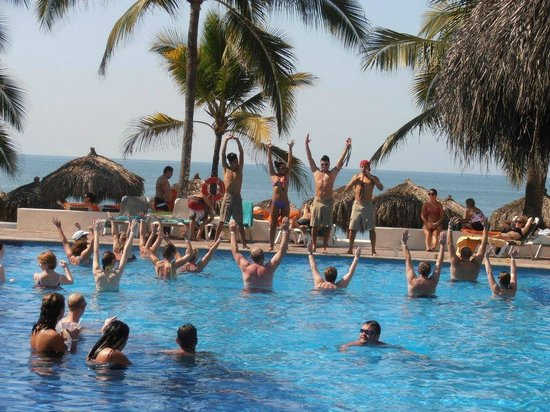 Marival Resort & Suites:                                     Aerobic Time by the pool