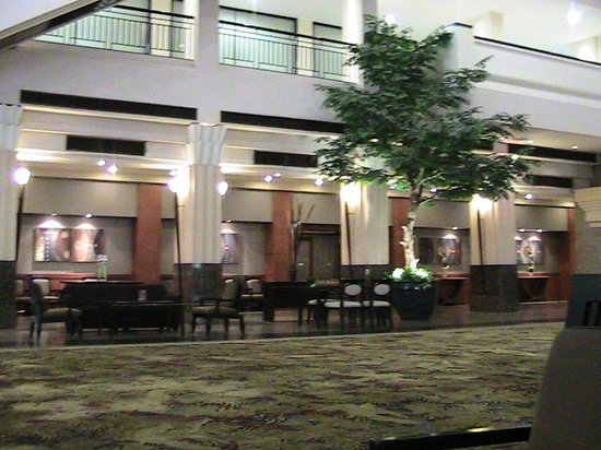 The Twin Towers Hotel: lobby is really big