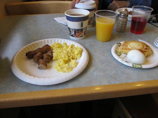 BEST WESTERN Ptarmigan Lodge: breakfast