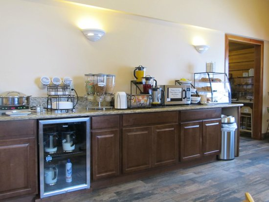 BEST WESTERN Ptarmigan Lodge: breakfast room