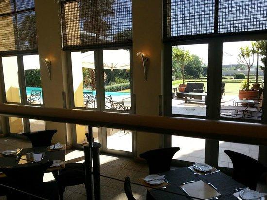 Protea Hotel by Marriott Johannesburg Wanderers:                   restaurante