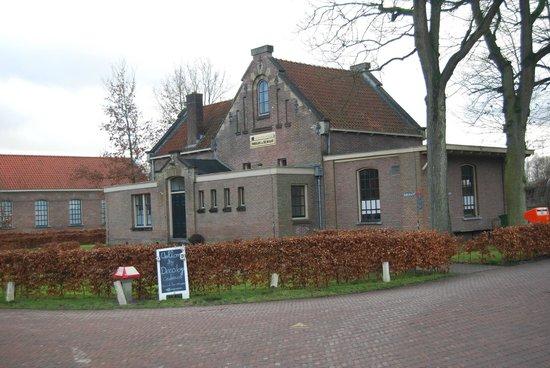 Gevangenisemuseum (The Prison Museum):                   a national monument in Veenhuizen