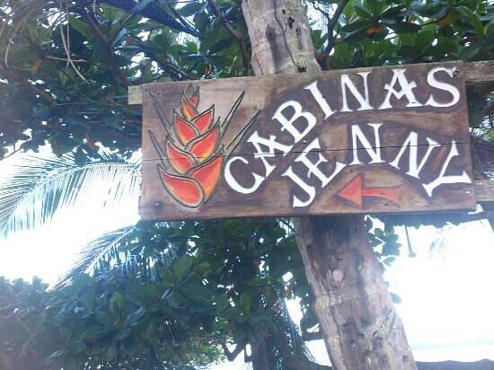 Jenny's Cabinas:                   Letrero