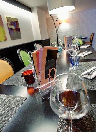 La Place: Un verre de Sancerre Ludien Crochet ou un Mojito ,le choix