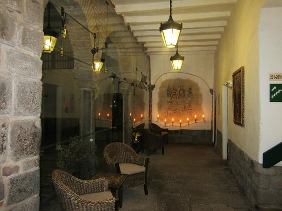 Casa Andina Private Collection Cusco: Hotel lobby