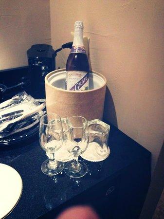 كيرفري ريزورت آند كونفرنس سنتر:                                     Sparkling Grape                                  
