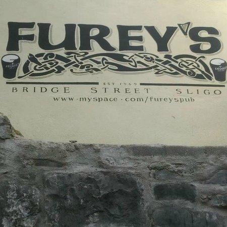 Furey's Pub Foto