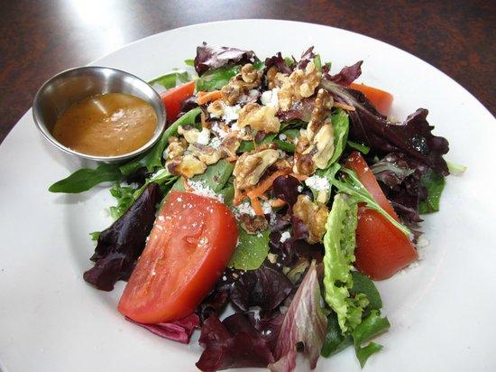 5th Avenue Grille: salad