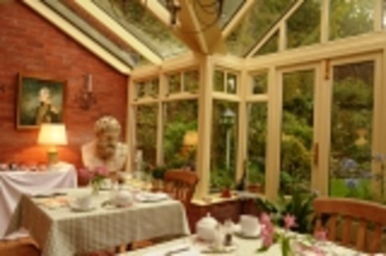 Old Quarry Cottage B&B: Garden Room - Breakfast