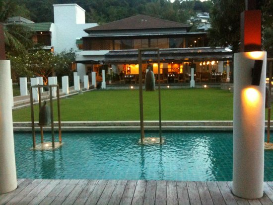 Katathani Phuket Beach Resort: dalla piscina