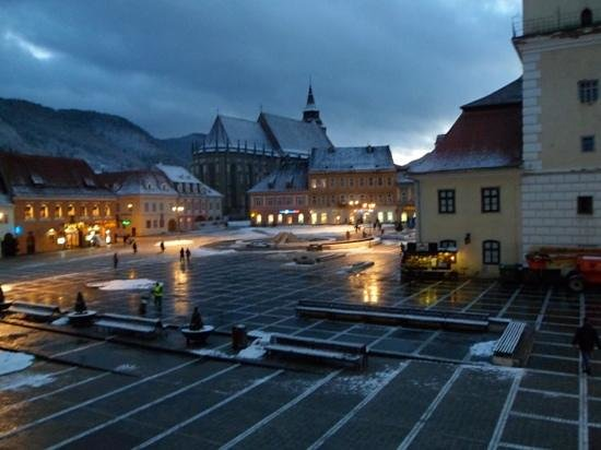 Hotel Casa Wagner:                   View of Brasov square