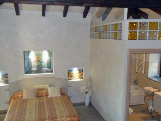 Bed & Breakfast La Valle: Suite La Valle matrimoniale