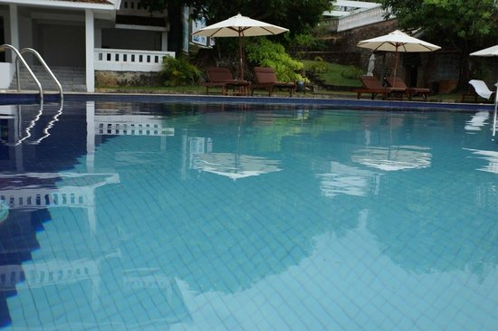 Long Beach Resort Phu Quoc:                   LB-Pool