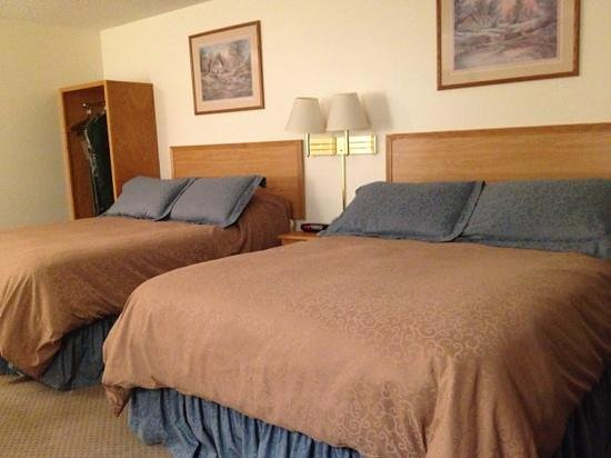 Woodland Park Country Lodge: 2 queen beds