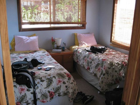 Peace Of Maui:                   second bedroom