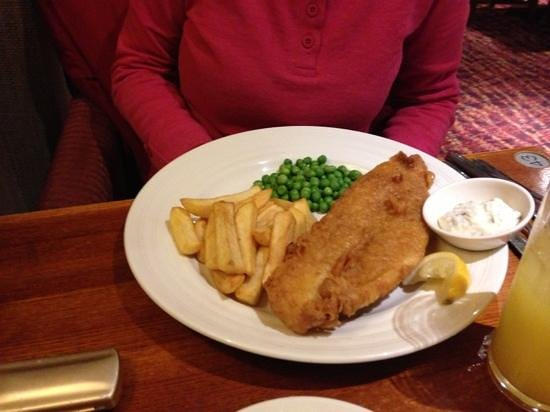 Fish and chips foto di the bowling green clacton for 99 5 the fish