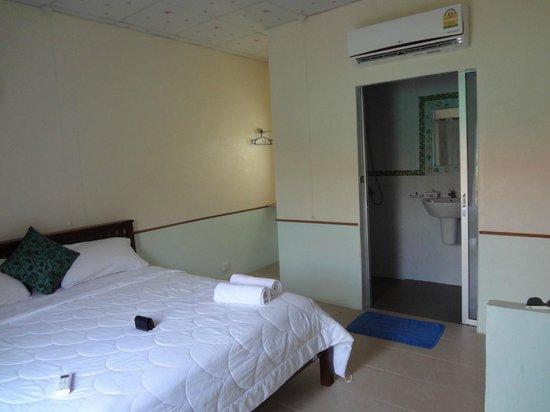 Phuket Airport Overnight Hotel:                   chambre