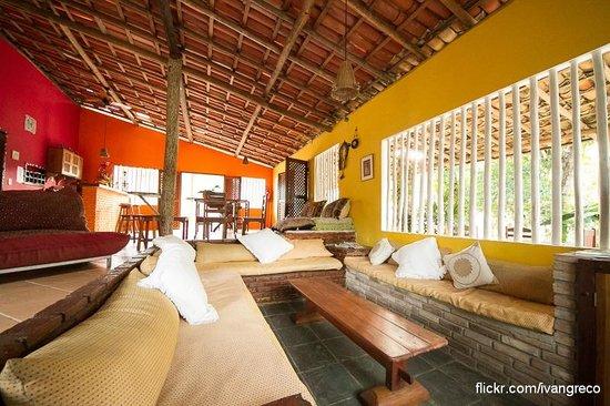 Pousada Peki:                   Area de estar y comedor