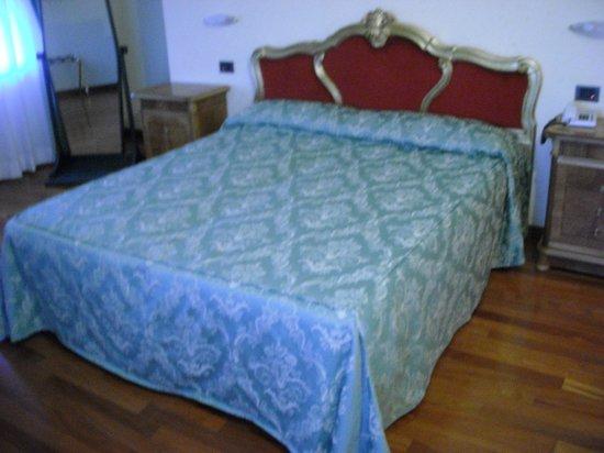 Grand Hotel Primavera: camera da letto