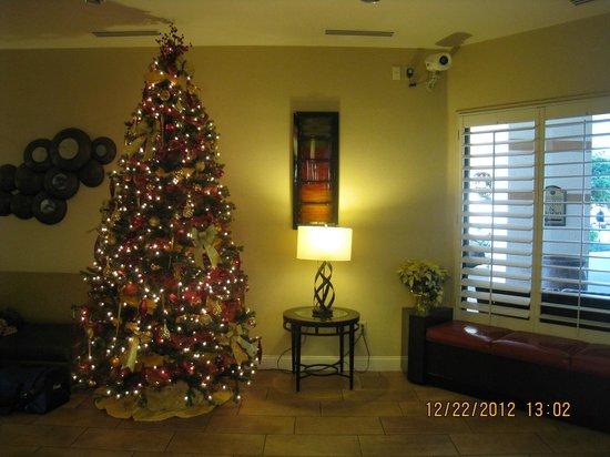 Clarion Inn Lake Buena Vista: Lobby