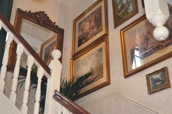 The Old Rectory at Broseley : stairway