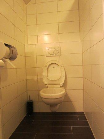 Hotel Waddenweelde:                   Bathroom