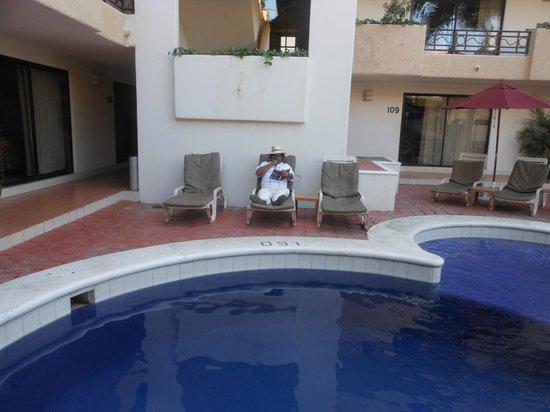 Hotel Santa Fe Los Cabos by Villa Group:                   Alberca