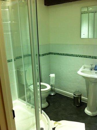 Six Castlegate:                   bathroom