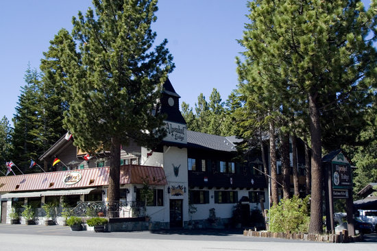 Alpenhof Lodge: summer exterior