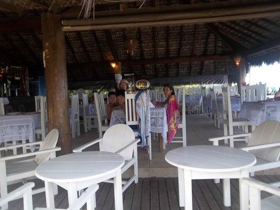 Arraial Praia Hotel Pousada:                   COMEDOR DEL HOTEL