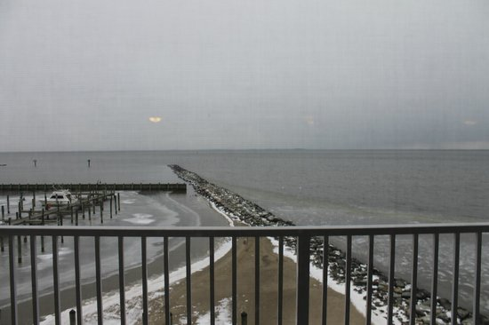 Chesapeake Beach Resort and Spa :                   Balcony view