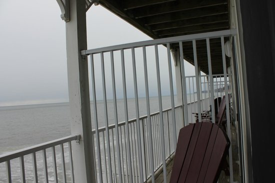 Chesapeake Beach Resort and Spa :                   other balcony