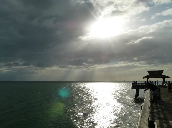 Naples Pier :                   Sunset