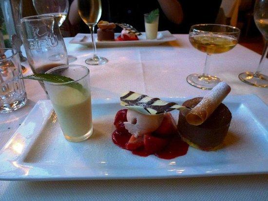 Die Drie Haringhe:                   Chocolate trio