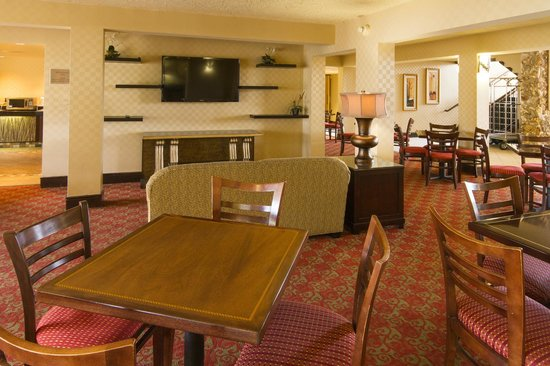 BEST WESTERN International Speedway Hotel: Breakfast Room