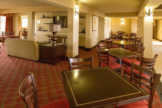 Best Western International Speedway Hotel: Breakfast Area