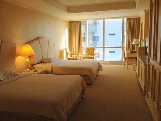 Adriatic Palace Bangkok:                   наш номер на 25 этаже