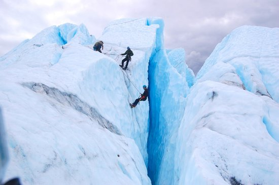 Matanuska Glacier - ice climbing with MICA Guides