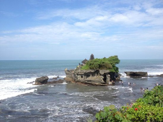 Agus Bali Private Tours:                   Tanah Lot