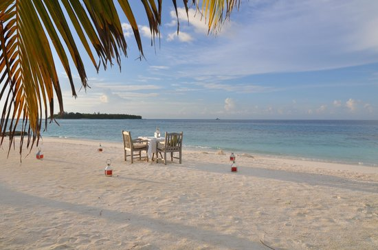 COMO Cocoa Island: Private dinner on the beach