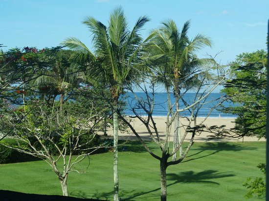 Shangri-La's Rasa Ria Resort & Spa:                   The view from the room