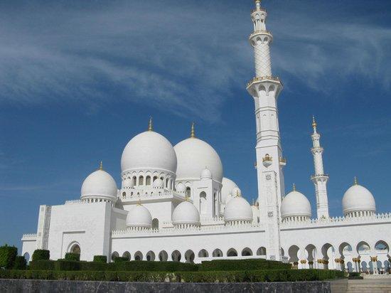 Büyük Şeyh Zayed Camii: Cupole e minareti